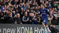 Winger Chelsea, Christian Pulisic, berhasil menyumbangkan satu gol sekaligus membantu timnya menang 2-0 atas Crystal Palace pada laga pekan ke-12 Premier League, Sabtu (9/11/2019). (AFP/Adrian Dennis)