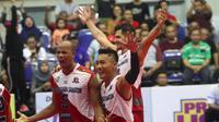 Surabaya Bhayangkara Samator memastikan lolos ke Grand Final menantang Jakarta BNI 46 seusai menaklukkan Palembang Bank SumselBabel 3-0 dalam laga Seri II Final Four Proliga 2019 di GOR Ken Arok, Malang, Minggu (17/2.2019). (Bola.com/Gatot Susetyo)
