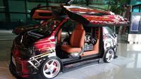 Berlangsung di bandara Soekarno-Hatta, terdapat 183 mobil dari berbagai daerah di Indonesia yang menarik perhatian, salah satunya modifikasi pada Suzuki Every.