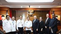 Menteri Tito menerima kunjungan resmi dari Duta Besar (Dubes) Amerika Serikat untuk Indonesia, HE Joseph R. Donovan Jr.