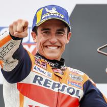 Pembalap Marc Marquez bereaksi setelah memenangkan balapan MotoGP di Sirkuit Sachsenring, Hohenstein-Ernstthal, Jerman, Minggu (20/6/2021). Marc Marquez mempertegas status sebagai raja Sachsenring usai memenangkan MotoGP Jerman 2021. (Jan Woitas/dpa via AP)
