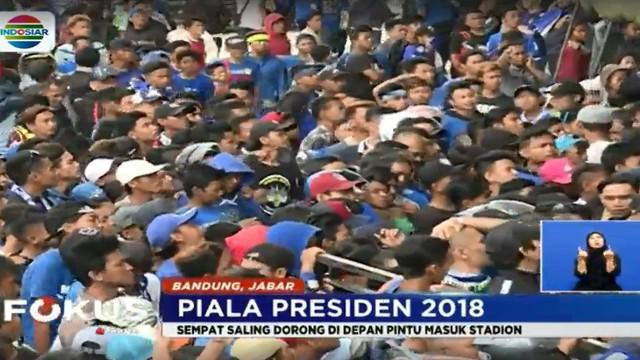 Para Bobotoh berharap tahun ini Persib Bandung dapat menjuarai Piala Presiden 2018 sebagai bekal bersiap diri menghadapi Liga