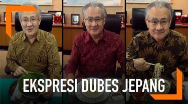 Duta Besar Jepang, Ishii Masafumi sering mengunggah masakan Indonesia sebagai menu makan siangnya di Instagram. Bahkan ia juga kerap memamerkan reaksi unik usai menyantap hidangan tersebut.