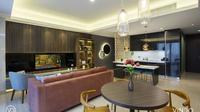 Desain ruang keluarga apartemen modern kontemporer karya Vindo Design. (dok. Arsitag.com/Dinny Mutiah)
