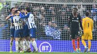 Chelsea ditahan 1-1 Brighton and Hove Albion pada laga pekan ke-21 Premier League, di The American Express Community Stadium, Rabu (1/1/2020). (AFP/Glyn Kirk)