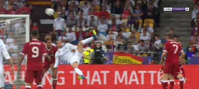 Berita video gol-gol yang tercipta pada laga final Liga Champions 2017-2018, Real Madrid vs Liverpool, Sabtu (26/5/2018). This video presented by BallBall.