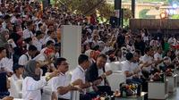 Aksi kumur bersama yang diikuti 2.000 orang telah meraih rekor MURI. (Istimewa)