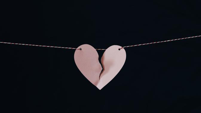 Mengembalikan Kepercayaan Pasangan di Saat Hubungan Mulai Berantakan