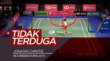 Berita video momen pengembalian tak terduga yang mengejutkan dari salah satu wakil Indonesia, Jonatan Christie, pada Kejuaraan Dunia 2019 bulutangkis di Basel, Swiss.