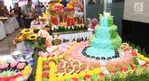 Hasil karya peserta lomba kreasi jajanan pasar di Jakarta, Rabu (20/2). Sebanyak 43 peserta mengikuti lomba yang digelar dalam rangka Musyawarah Nasional (Munas) 2019 Asosiasi Perusahaan Jasaboga Indonesia (APJI). (Liputan6.com/Angga Yuniar)