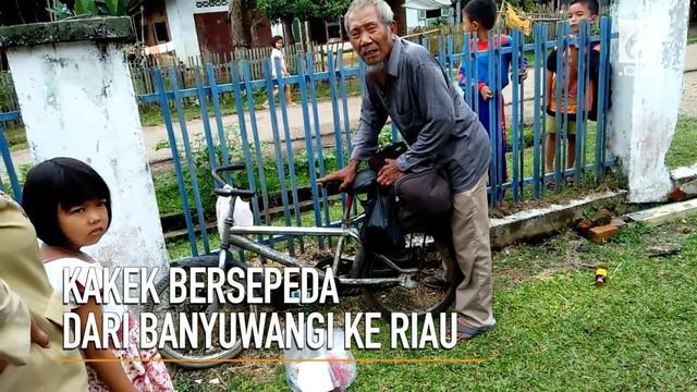 Kakek Raswijan rela mengayuh sepeda dari Banyuwangi menuju Riau demi mencari anaknya yang bernama Sunarimah Sumiati Siti Munawarah.