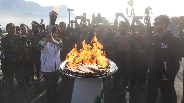 Di Banyuwangi Pementasan Seni Warnai Kirab Obor Asian Games 2018