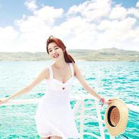 Dress yang pantas dikenakan untuk ke pantai. (via: istimewa)