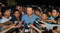 Untuk pertama kalinya hari ini Gubernur DKI Jakarta (nonaktif) Ahok diperiksa sebagai tersangka soal kasus dugaan penistaan agama. (Satria Yudha Baskara/Liputan6.com)