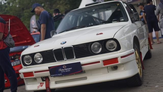 Vip Auto Group >> Bmw E32 Jadi Juara Vip Di Intersport Auto Show 2019