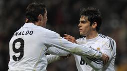 Kaka. Gelandang serang Real Madrid ini didatangkan dari AC Milan pada awal musim 2009/2010 dengan nilai 67 juta euro berbarengan dengan hadirnya Cristiano Ronaldo. Total 4 musim di Real Madrid, Kaka tampil dalam 120 laga dengan torehan 29 gol dan 39 assist. (Foto: AFP/Dani Pozo)