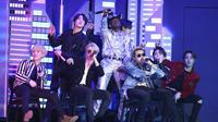 BTS dan Lil Nas X di Grammy Awards 2020 (Photo by Matt Sayles/Invision/AP)