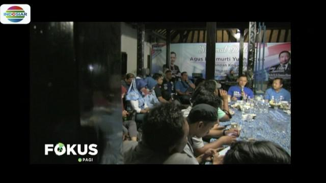 Berdialog dengan kader Partai Demokrat di Cirebon, Agus Harimurti Yudhoyono minta kader kembalikan kejayaan partai di parlemen.
