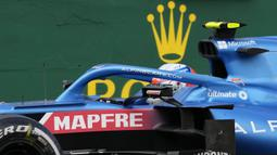 Kemenangan tersebut merupakan kemenangan perdana Ocon di Formula 1. Dirinya berhasil menyelesaikan lomba tersebut dengan unggul 1,859 detik dari posisi kedua yang ditempati oleh Sebastian Vettel dari tim Aston Martin-Mercedes. (Foto: AP/Darko Bandic)