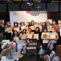 Fimela menyajikan berita-berita ter-update seputar perempuan untuk membuat pembacanya semakin terdepan. (Sumber foto: Adrian Putra/Fimela.com)