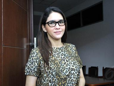 Sekian lama menjanda, Maia Estianty menjalani bulan puasa tanpa suami. (Liputan6.com/Panji Diksana)