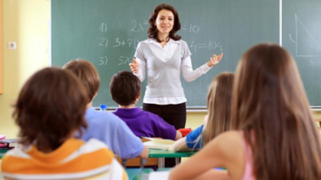 35 Kata Kata Mutiara Untuk Guru Tercinta Penuh Makna Dan Sangat