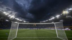 Saat bernama Stadio dei Centomila, stadion ini sempat tembus kapasitas 100 ribu penonton. Namun sejak Olimpiade Musim Panas 1960, nama stadion kembali berubah menjadi Stadio Olimpico yang bertahan hingga saat ini. (AFP/FIlippo Monteforte)