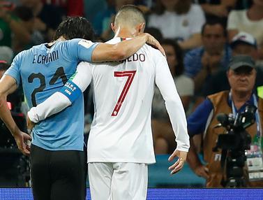 Foto: Respek, Di Balik Legowonya Edinson Cavani Memberikan Nomor Punggungnya kepada Cristiano Ronaldo
