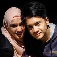Dhini Aminarti dan Dimas Seto