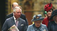 Pangeran Charles dan Ratu Elizabeth II (Yui Mok/PA via AP, File)
