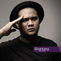 Eksklusif Virgoun (Photographer: Adrian Putra/Bintang.com, Stylist: Indah Wulansari/Bintang.com, Digital Imaging: Muhammad Iqbal Nurfajri/Bintang.com)