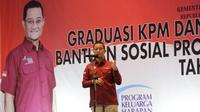 Menteri Sosial Juliari P. Batubara mengumpamakan Keluarga Penerima Manfaat (KPM) Program Keluarga Harapan (PKH) graduasi sudah naik kelas. Ia berpesan agar KPM PKH graduasi tidak lantas turun kelas.