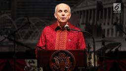 Dubes AS untuk Indonesia Joseph R. Donovan Jr, memberikan sambutan pada HUT ke-241 Amerika Serikat di Jakarta, Kamis (27/7). Perayaan mengangkat tema Strength in Diversity, Bhinneka Tunggal Ika and E Pluribus Unum. (Liputan6.com/Angga Yuniar)