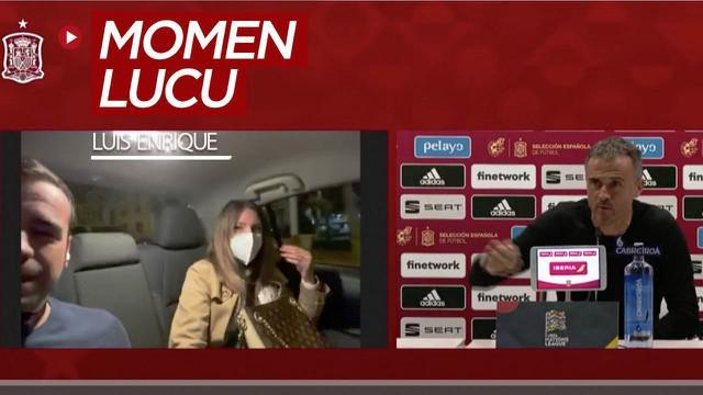 Berita video momen lucu Pelatih Timnas Spanyol, Luis Enrique, dengan kekasih seorang jurnalis saat konferensi pers,