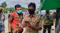Gubernur Sumbar, Irwan Prayitno memantau kondisi lalu lintas perbatasan Sumbar.