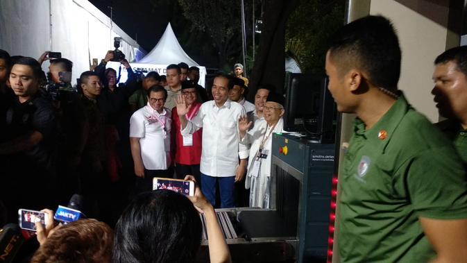 Jokowi dan Ma'ruf Amin tiba di KPU