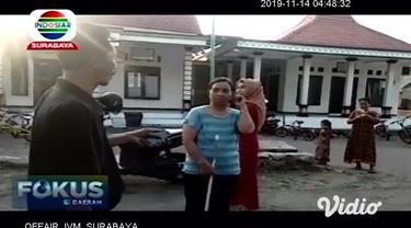Bunga bangkai tumbuh di kebun salah satu warga di Dusun Tambaksari, Desa Kertosari, Kecamatan Kutorejo, Kabupaten Mojokerto. Bunga dengan nama ilmiah Amorphophallus ini langsung membuat gempar warga sekitar. Bunga tergolong langka berukuran tinggi s...