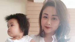 Ini dia istri dari Peppy yang bernama Julia Hermawan. Memiliki paras oriental dan memesona, membuat Peppy jatuh hati pada Julia Hermawan. (Liputan6.com/IG/@julia_peppy)