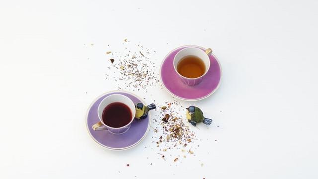 Ilustrasi teh hijau dan kopi