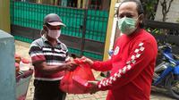 Forwot dan Bikers Tangsel Bagi-Bagi Sembako Untuk Masyarakat (Ist)