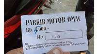 6 Tarif Parkir Ini Nyeleneh Banget, Bikin Tepuk Jidat (sumber: FB Parto Midin)