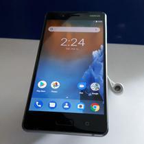 Penampakan Nokia 8. Liputan6.com/ Agustinus Mario Damar