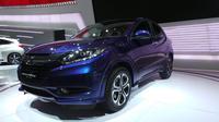Honda HR-V merupakan mobil yang menawarkan kombinasi antara ketangguhan SUV dan rasa personal dari coupe.