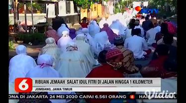 Pelaksanaan salat Idul Fitri secara berjamaah masih digelar di sejumlah lokasi. Salah satunya di masjid Roudhotul Musyaawaroh, Kemayoran, Surabaya. Sementara itu di Jombang, sekitar 2000 jamaah menggelar salat Idul Fitri berjamaah di jalan desa sepan...