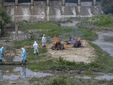Kremasi Korban COVID-19 di Nepal