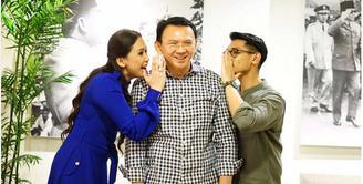 Demi menjadi bintang tamu acara yang mendukung salah satu pasangan calon Gubernur DKI, Ahok dan Djarot, penyanyi Maia Estianty dan Afgansyah Reza rela membatalkan nonton konser Coldplay. (Insagram/basukibtp)