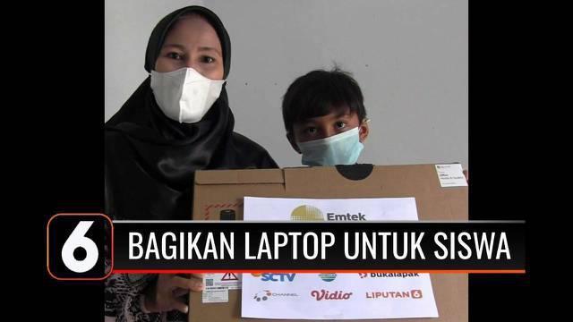 YPP SCTV-Indosiar kerjasama dengan Bukalapak memberikan bantuan unit laptop dan perangkat internet di sejumlah daerah. Kegiatan ini sebagai bentuk dukungan untuk pendidikan bagi siswa atau anak para mitra Bukalapak.
