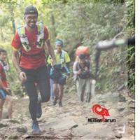 Demi tercapainya misi penggalangan dana untuk membangun sekolah di Purwokerto, pria ini siap lari puluhan kilometer. (Foto: Kitabisa.com)