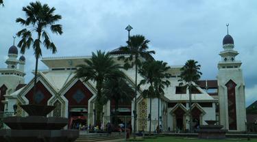 [reservasi]masjid at-tin