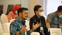 Menteri Pertanian Syahrul Yasin Limpo (kiri) didampingi Kepala Badan Penyuluhan dan Pengembangan Sumber Daya Manusia Pertanian (BPPSDMP) Kementan, Dedi Nursyamsi (kanan). (Ist)